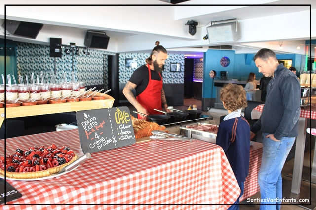 restaurant, la plage, le Mourillon, Var, brunch, famille, atelier, enfant, Baz'Art