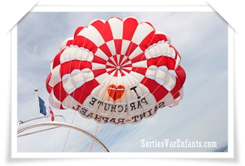 Parachute Saint-Raphaël, des sensations à vivre en famille